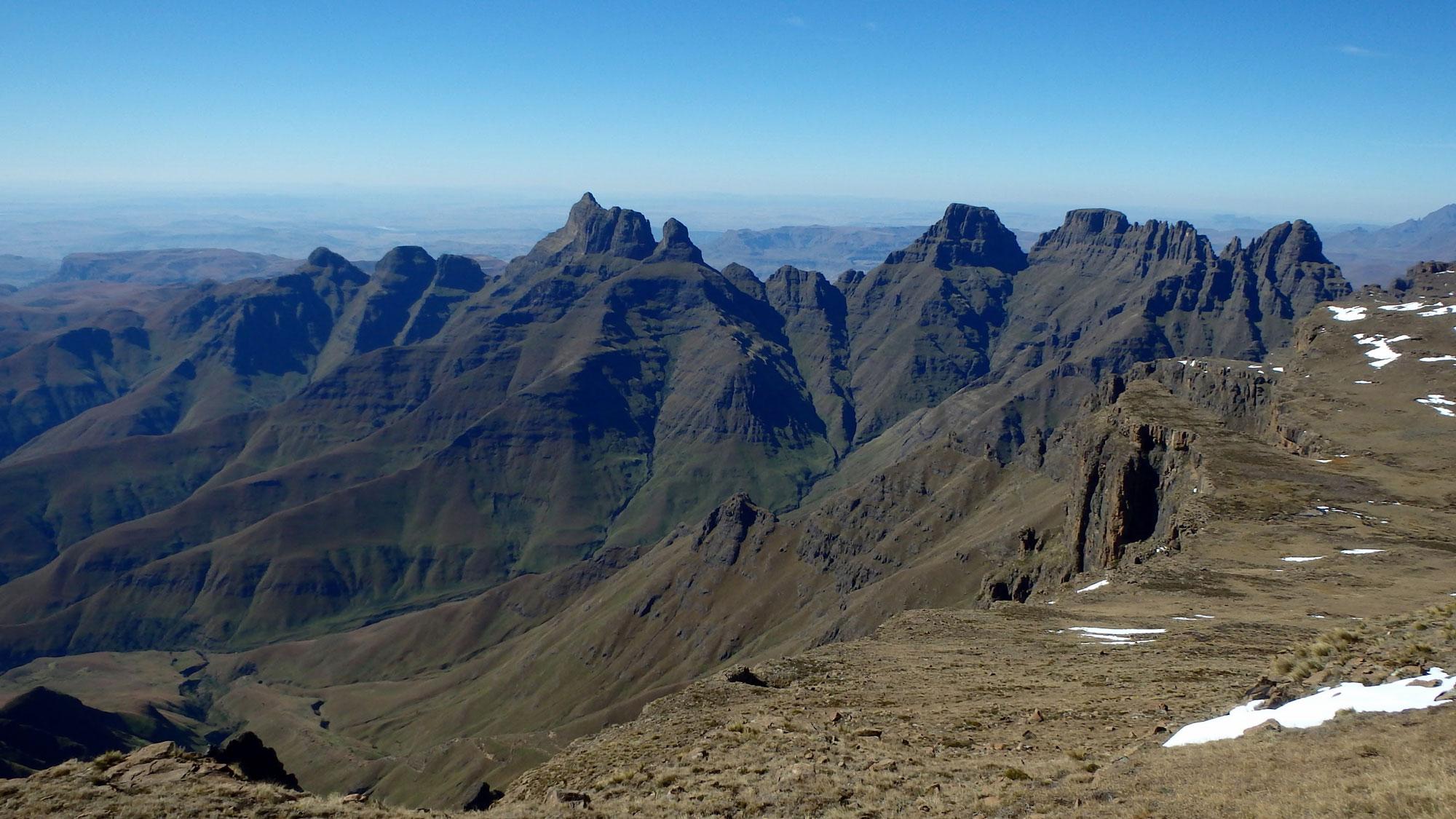 Η-κορυφη-Cathedral-Peak
